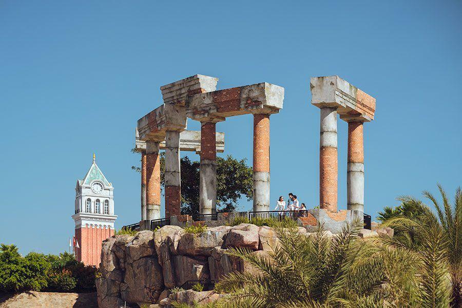 Cổng thành Pompeii tại Primavera là nơi check in nổi bật nhất Phú Quốc.